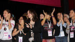 Forum2012-AWIDstaffApplause(web)